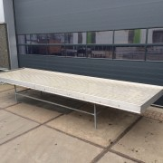 Benches 6.030 mm. x 1.640 mm (3)